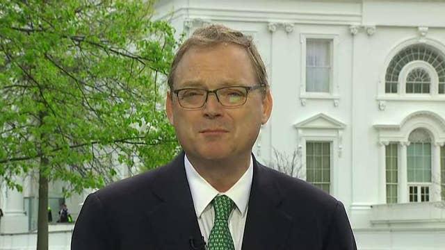 Kevin Hassett: USMCA will get Democratic support
