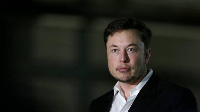 Flipboard Tesla Ceo Elon Musk Touts Robot Cars Amid Sales