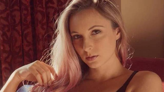 Camera model explains why she films fetish videos for pay in new doc
