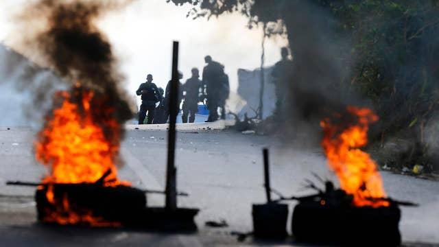 Pompeo keeps military option open as violence escalates in Venezuela