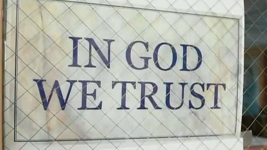 New South Dakota law requires schools to display 鈥業n God We Trust鈥� signs
