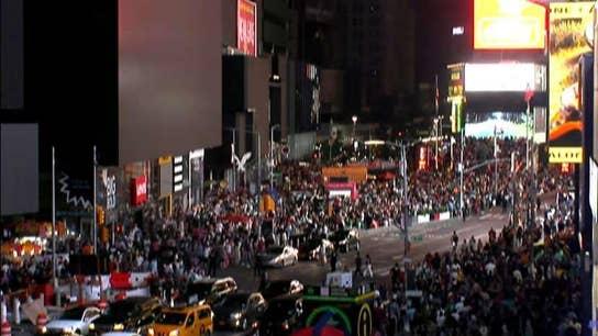 NYC blackout has Mayor Bill de Blasio playing political damage control