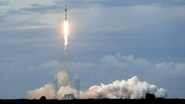 SpaceX launches its Falcon 9 rocket