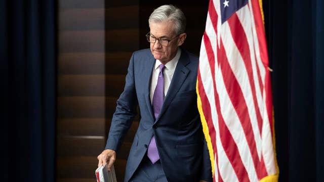 Trump slams the Fed amid market volatility