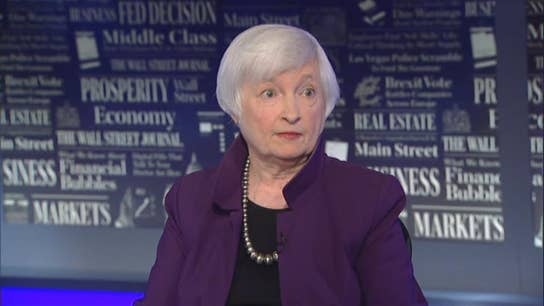 Fed shouldn't resign if asked to: Yellen
