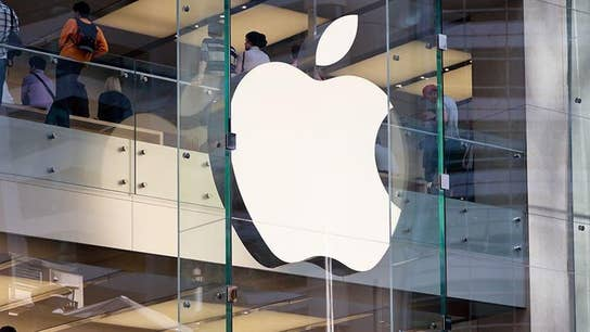 Apple fans anticipate launch of iPhone 11