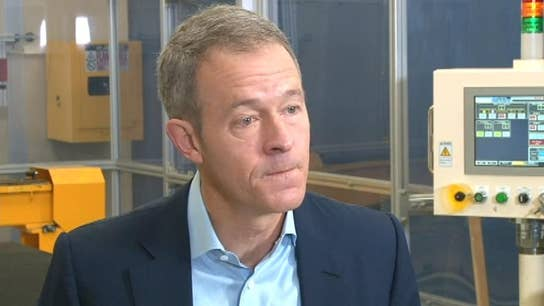 Major investing announcement from Apple COO Jeff Williams