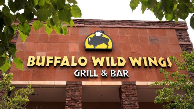 Buffalo Wild Wings teams up with MGM on sports betting