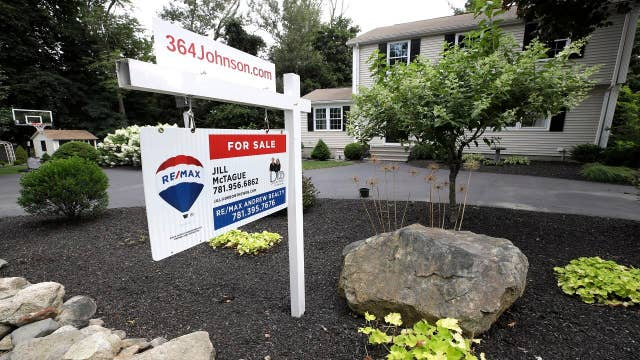 New home sales increased 7 percent in August as mortgage rates fall