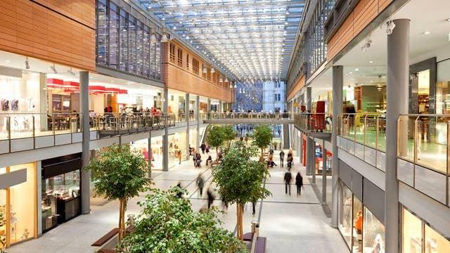 High consumer confidence will make for a merry shopping season: NRF president