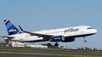 JetBlue to offer hard seltzer on flights
