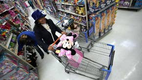 Holiday retail sales could reach $1 trillion this season: Former Toys R Us CEO