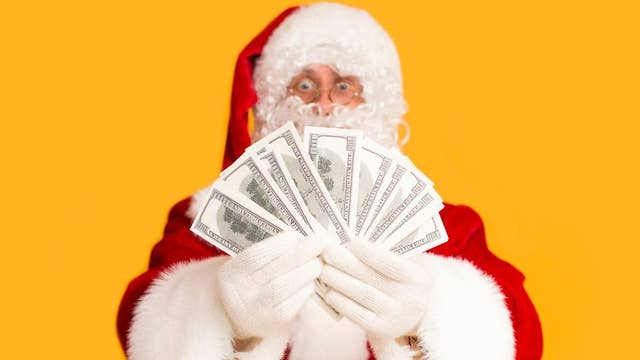 Authentic-looking Santas can make up to $75 per hour