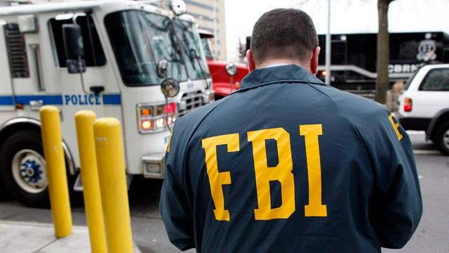 Former FBI agent says his privacy was violated by Justice Dept.
