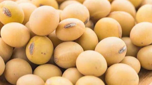 China buys U.S. soybeans