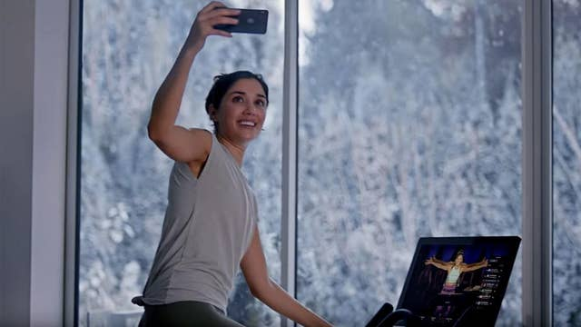Peloton actress appears in Ryan Reynolds' gin commercial