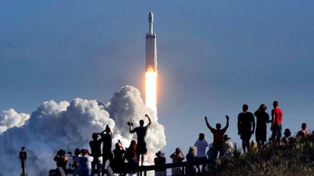 Commercial space travel could complicate alien life search: Space.com editor-in-chief
