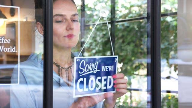 Restaurants are closing due to burdensome minimum wage: Server