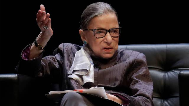 Justice Ginsburg puts hold on ruling on Trump 's financial records