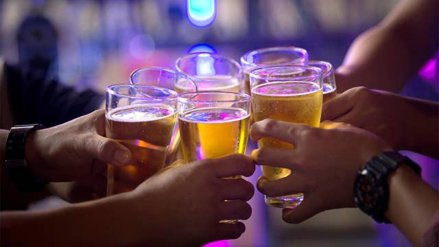 Giving up booze could save enough cash for a Caribbean vacation: Report