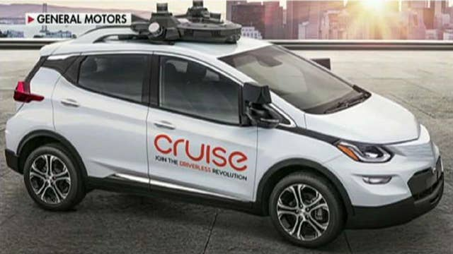 GM pushes self-driving car without steering wheel