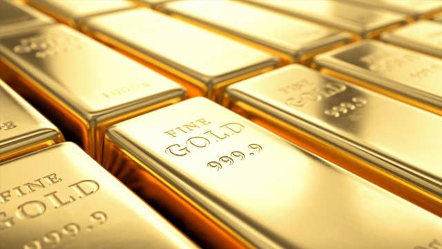 Is it time to invest in gold amid market uncertainty?