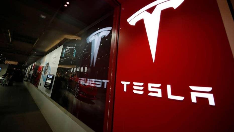Tesla recalling 15,000 Model X SUVs over power steering problems