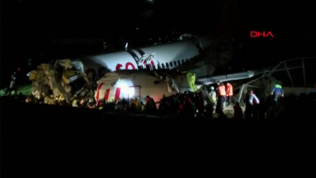 Officials at scene of crashed plane in Istanbul