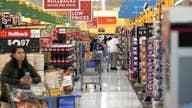 Walmart misses earnings estimates
