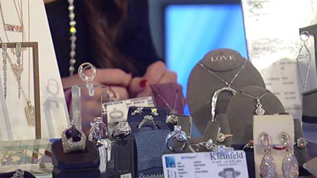 This Valentine's Day, lab-grown diamonds take 2% of market: Expert