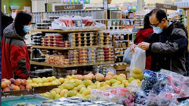 How to run a grocery store amid coronavirus