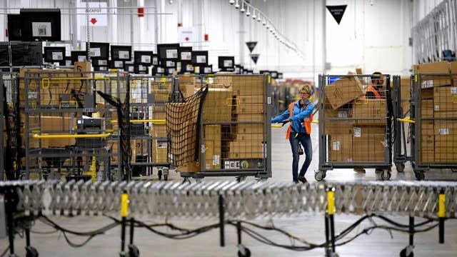 Coronavirus demands lead Amazon, Walmart to increase hiring