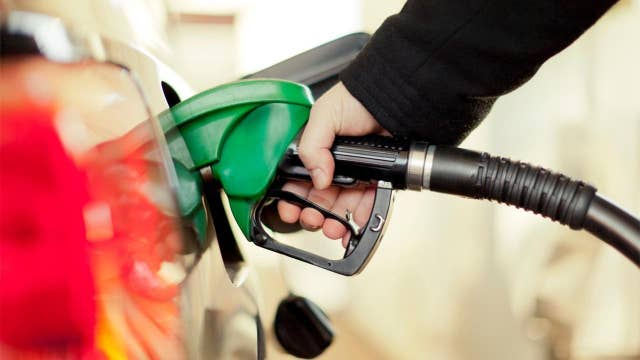 National gas price average could drop to $1.49 per gallon: GasBuddy analyst