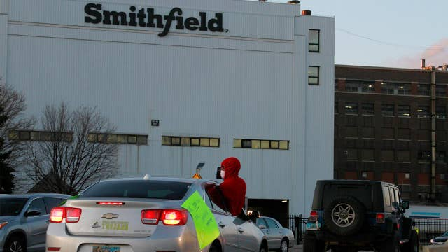 Food production is critical industry, Smithfield has to get back to work: Sen. Rounds