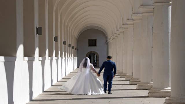 Coronavirus 'absolutely' postponing weddings: The Knot CEO