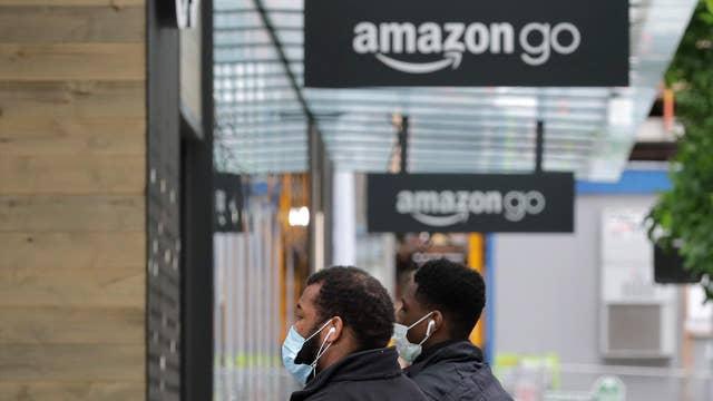 Coronavirus will help Amazon strengthen its lead: Former Toys 'R' Us CEO