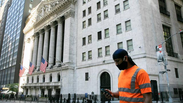 Health, tech stocks driving markets: Investing expert