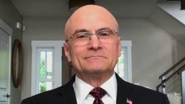 Independent restaurants will have difficult time getting through economic slowdown: Andy Puzder