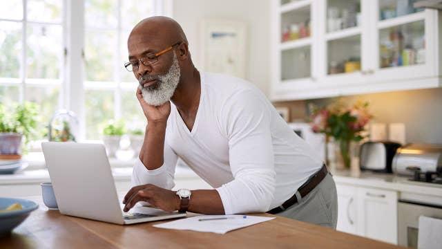 Digital entrepreneur promoting black-owned businesses