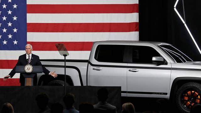 Pence tours Ohio auto factory, praises comeback
