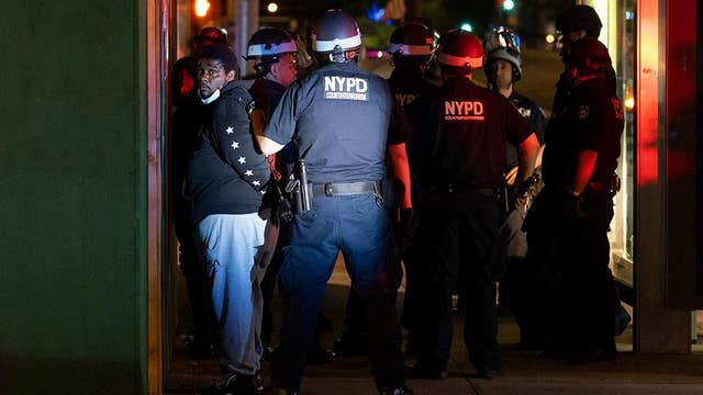 NYPD can handle riots if mayor permits it: Former NYC police commissioner