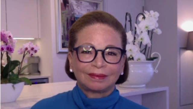 Ex-Obama adviser Valerie Jarrett: Russia probe was left to intelligence community