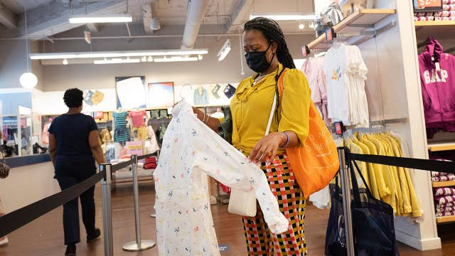Coronavirus could be the end of retail fitting rooms