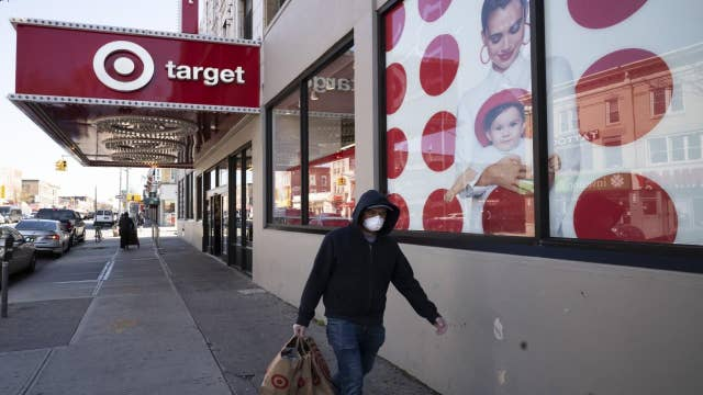 Requiring face masks 'great way' to keep retailers open: NRF president