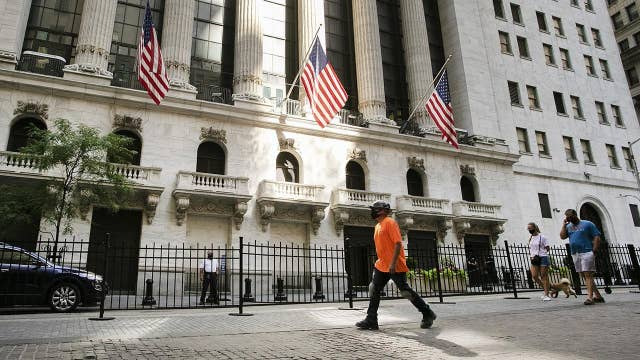 Disconnect between Main Street and Wall Street will impact stocks: Expert