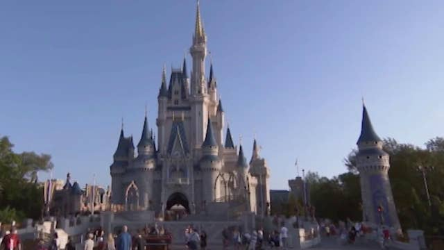Disney in negotiations with unions to represent 43,000 employees at Walt Disney World