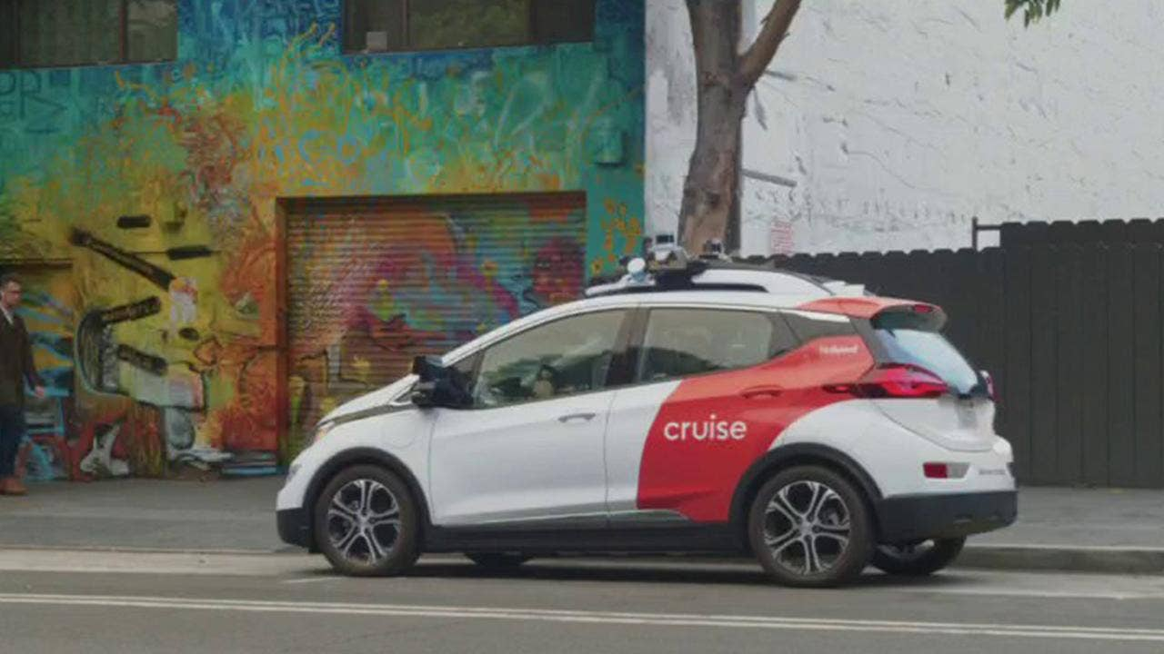 Microsoft joins $2 billion fundraising round for GM`s...