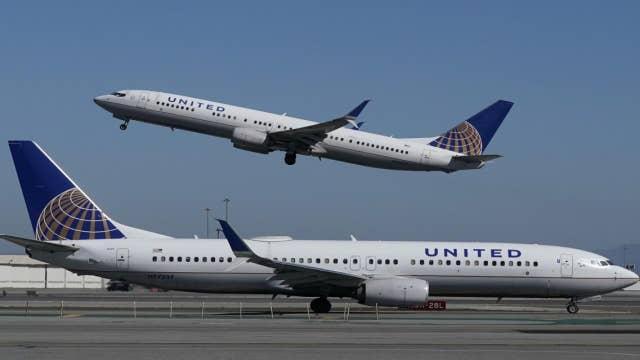 Thanksgiving air travel takes off despite coronavirus spikes