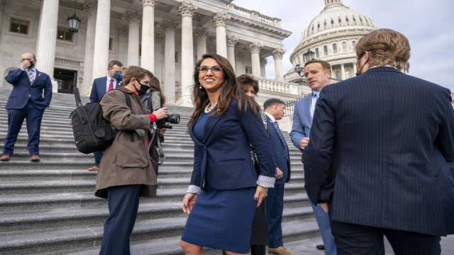 Homan defends lawmaker who vowed to carry her gun in Washington