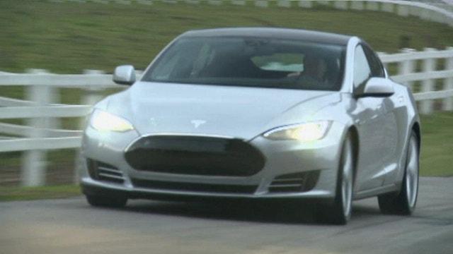 Elon Musk Plans Cross Country Trip in Tesla Model S